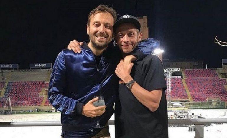 Tertangkap Basah Sepatu Harian Valentino Rossi, Sudah Putus Kontrak dengan Nike?