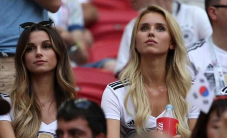 Tak Lolos Grup, Pemain Jerman 'Ditinggal' Pasangannya
