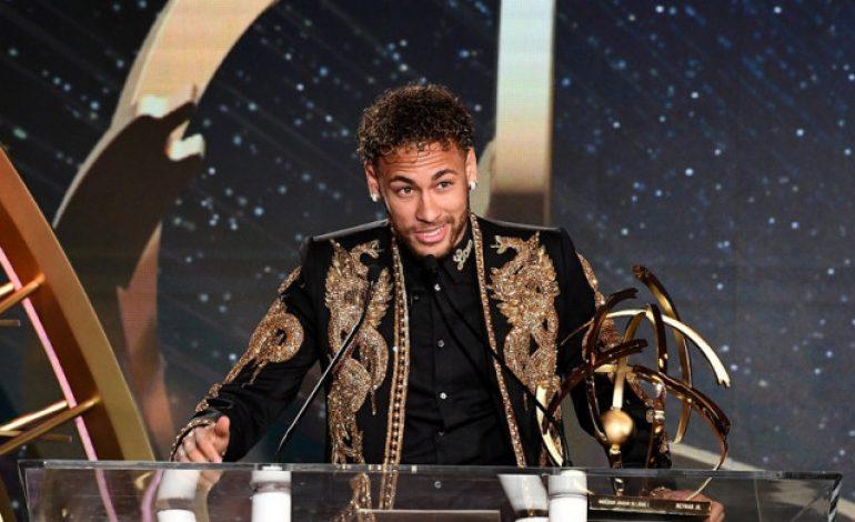 Neymar Bantah Sang Ayah Memonopoli Masa Depannya