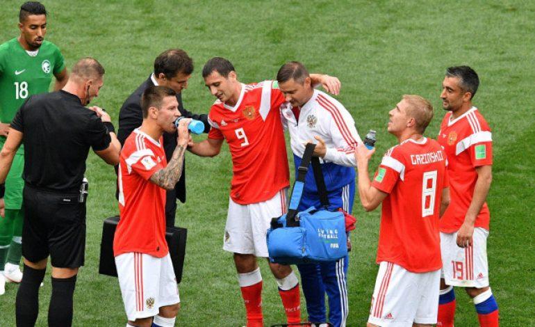 Cuma 24 Menit, Perjalanan Alan Dzagoev di Piala Dunia 2018 Tamat!