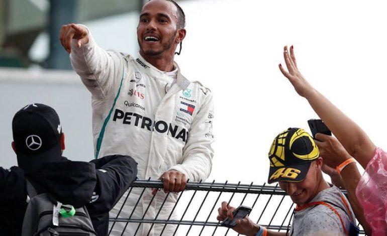 Populer, Ini 5 Pembalap F1 dengan Followers Instagram Terbanyak