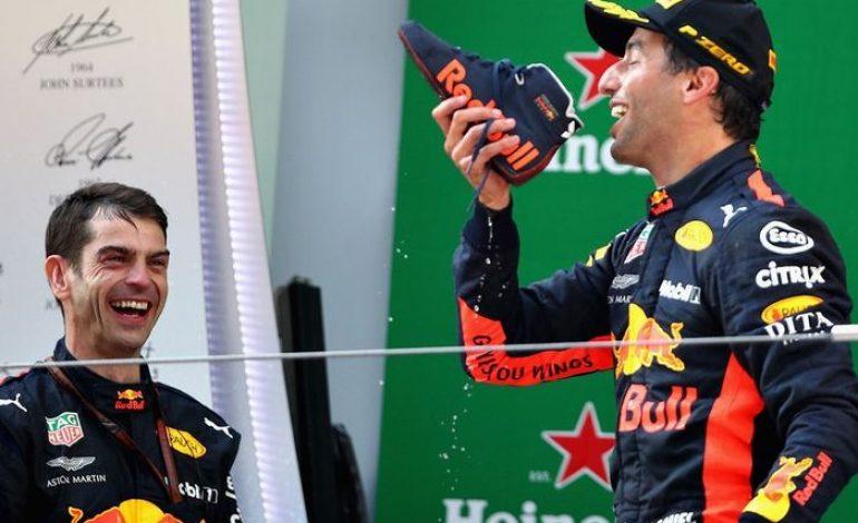 Wow! Gaji Daniel Ricciardo di Tim F1 Renault Bisa Beli 1.900 Unit Suzuki Jimny