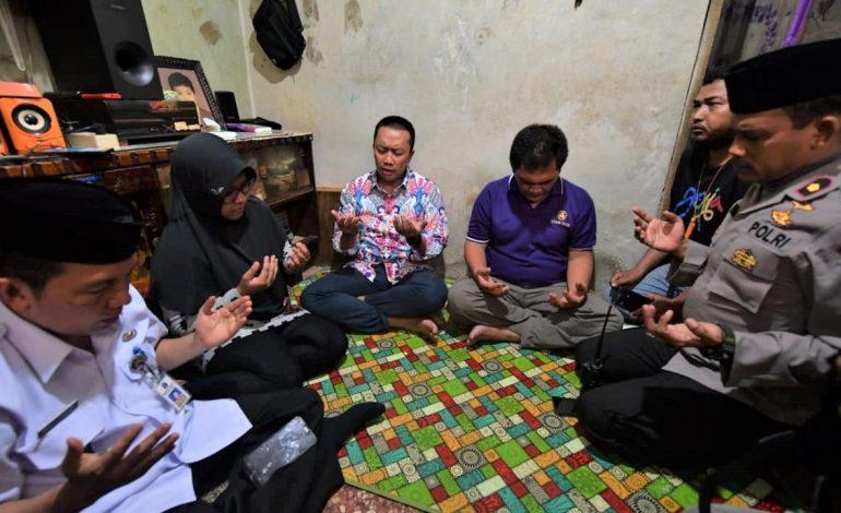 Imam Nahrawi Datang ke Rumah Haringga Sirila