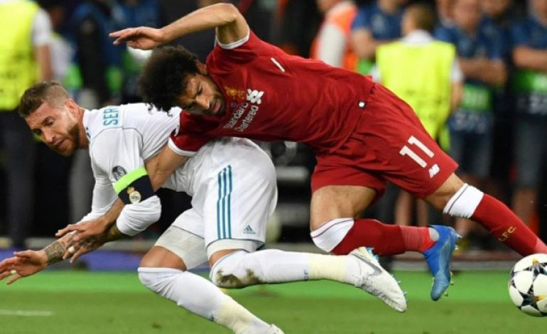 Sergio Ramos Dituduh Ingatkan Mohamed Salah pada Luka Lama, Netizen Murka