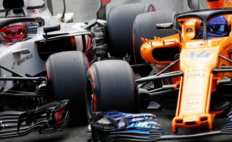 Ketawanya Nyebelin, Fernando Alonso Terlibat Konflik Lagi