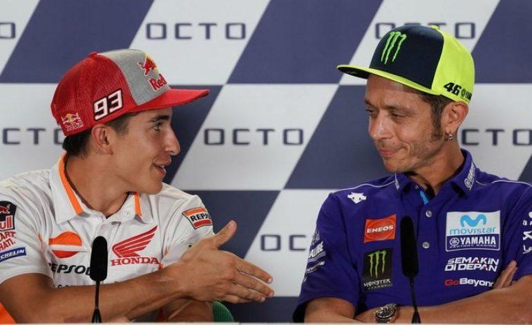 Video yang Bikin Heboh! Momen Saat Valentino Rossi Tolak Jabat Tangan Marc Marquez