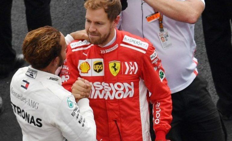 Sebastian Vettel Kasih Ucapan Selamat ke Lewis Hamilton Usai Jadi Juara Dunia F1 2018