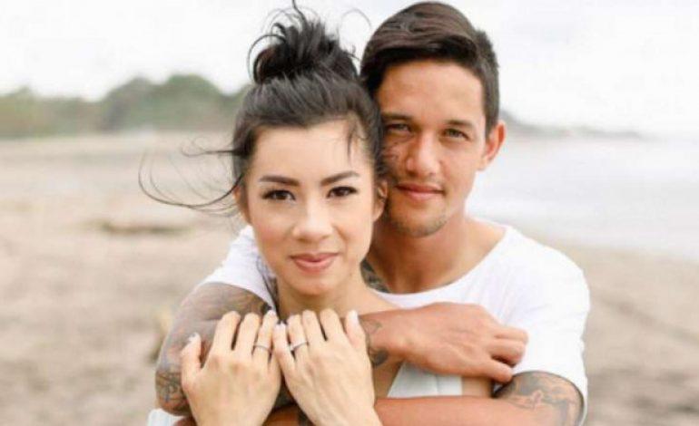 Istri Seksi Irfan Bachdim Pamer 'Kemesraan' Lagi