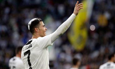 Presiden Napoli: Ronaldo Lebih Besar dari Allegri di Juventus