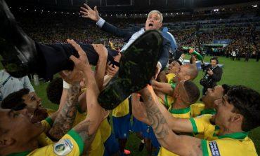 Brasil Juara Copa America 2019, Alves: Tite Kapten Kami!