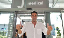 Berita Juventus: Tiba Di Turin, Gianluigi Buffon Jalani Tes Medis