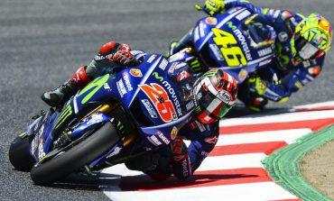 Beda Kesan Rossi dan Vinales Tentang Motor Baru Yamaha