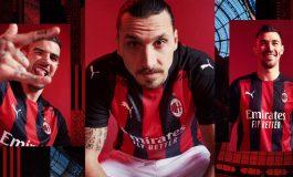 Ikut Perkenalkan Jersey Baru, Ibrahimovic Dikabarkan Bertahan di AC Milan