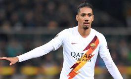 AS Roma Persilakan Chris Smalling Pulang ke Manchester United