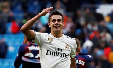 Chelsea Ramaikan Perburuan Bek Real Madrid