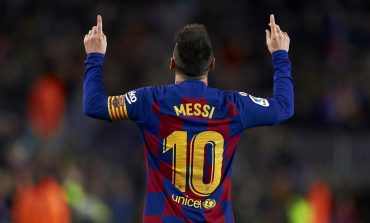 Ronaldo Bahas Masa Depan Messi di Barcelona