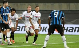 Hasil Pertandingan Sevilla vs Inter Milan: Skor 3-2