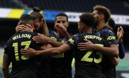 Dramatis, Gol Injury Time Newcastle Batalkan Kemenangan Tottenham