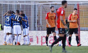 Inter Milan Bantai Benevento dalam Drama 7 Gol