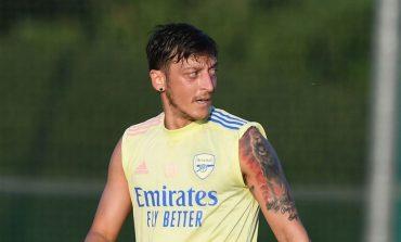 Ngotot Bertahan di Arsenal, Mesut Ozil Tolak Gaji Besar dari Klub Arab Saudi