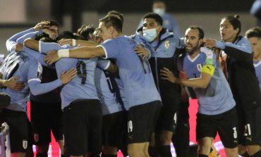 Uruguay Kalahkan Chile di Menit-Menit Akhir