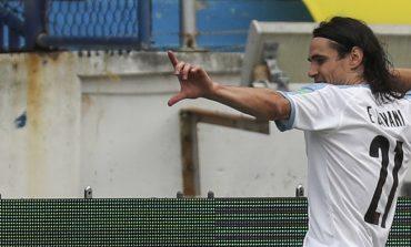 Edinson Cavani Berulang Kali Tolak Juventus dan Inter Milan, Ada Apa Gerangan?