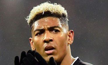 Crystal Palace Panaskan Rumor Kedekatan Arsenal dengan Patrick van Aanholt