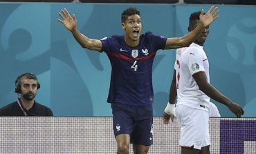 Prancis Tersingkir dari Euro 2020, Raphael Varane Ungkap Penyesalan