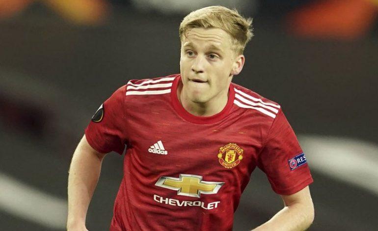 Tak Cocok di Manchester United, Van De Beek Disarankan Pindah Klub Saja